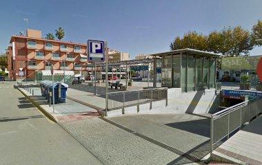 Book a parking spot in las Yucas car park