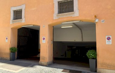 Забронируйте паркоместо на стоянке Vantaggio