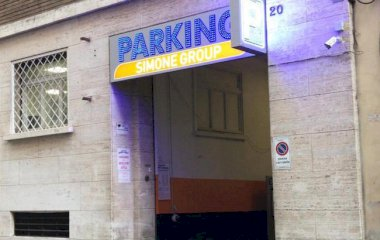 Book a parking spot in Tolentino car park