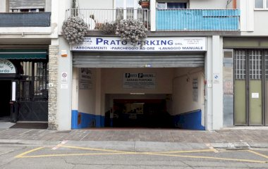 Book a parking spot in Garage Porpora car park