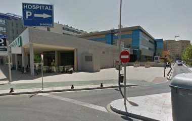 Book a parking spot in Rosa Amarilla - Hospital Virgen del Rocío car park