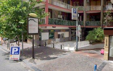Reservar una plaza en el parking Gioia Scarlatti
