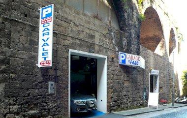 Reserve uma vaga de  estacionamento no Garage il Faro