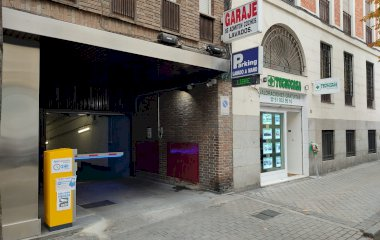 Book a parking spot in Montesa 31 car park