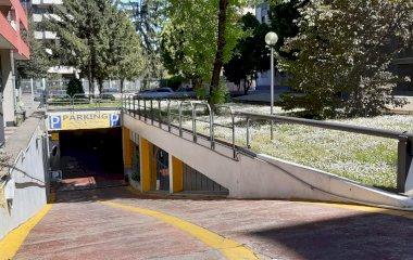 Reservar una plaça al parking Autorimessa Ressi