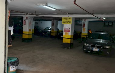 Book a parking spot in Garage Piazza Bologna car park