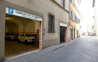 Reserveer een parkeerplek in parkeergarage Garage City Florence - Borgo Pinti