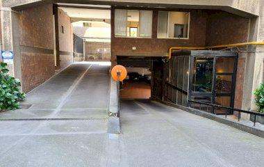 Book a parking spot in Autorimessa Calandri car park