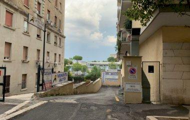 Réservez une place dans le parking Centro Auto Roma