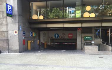 Reservar una plaza en el parking Diagonal