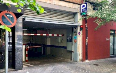 Reserve uma vaga de  estacionamento no Príncipe de Asturias - Alcalá