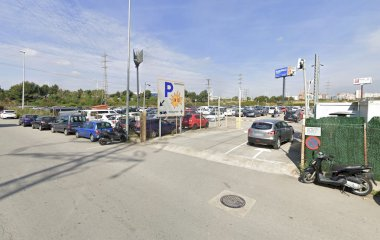 Book a parking spot in Aeropark Barcelona Shuttle T1, T2 car park