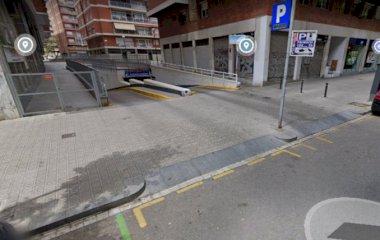 Buch einen Parkplatz im Les Corts - Avinguda Madrid Parkplatz.