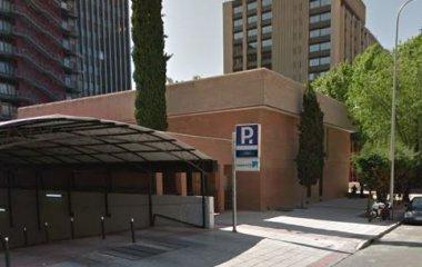 Reserve uma vaga de  estacionamento no Chamartín - One Pass - Centro Norte - Low-Cost