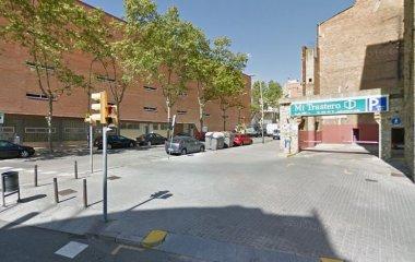 Prenota un posto nel parcheggio Freser-Turismos - Navas-Sagrera