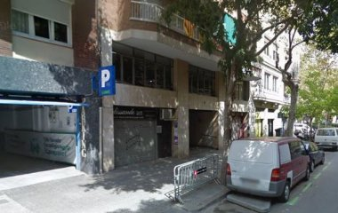 Book a parking spot in Indústria Nou car park