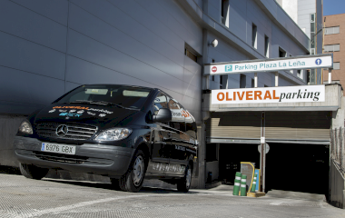 Book a parking spot in Oliveral - Plaza la Leña car park
