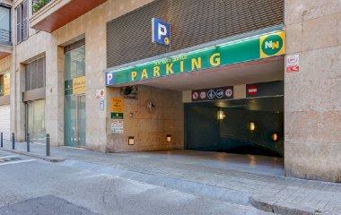Reservar una plaza en el parking NN Sant Gervasi