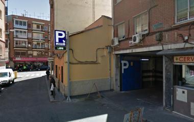 Book a parking spot in Gómez Ulla - Vista Alegre r. car park
