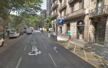 Book a parking spot in SABA Plaça Urquinaona car park