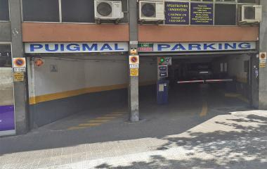 Book a parking spot in Puigmal - Valencia car park
