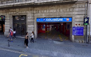 Book a parking spot in Coliseum car park
