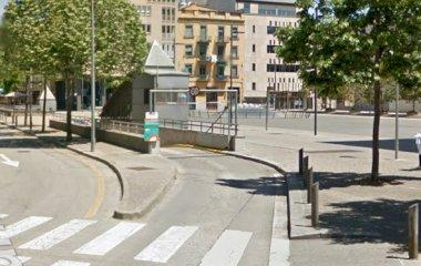Reserve uma vaga de  estacionamento no SABA Plaça Berenguer i Carnicer