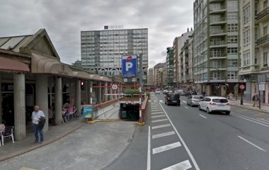Reserve uma vaga de  estacionamento no SABA Praza Pontevedra