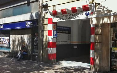 Book a parking spot in Bond Krup - Sagrada Família car park
