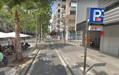 Reserve uma vaga de  estacionamento no BSM Rambla Poblenou