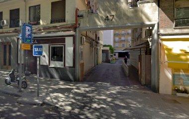 Book a parking spot in Ríos Rosas car park