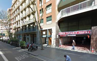 Book a parking spot in Tamarit - Sant Antoni car park