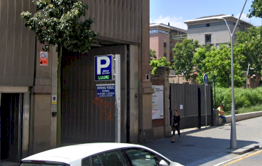 Reservar una plaza en el parking Mercat del Ninot
