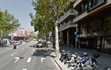 Book a parking spot in NN Urgell car park