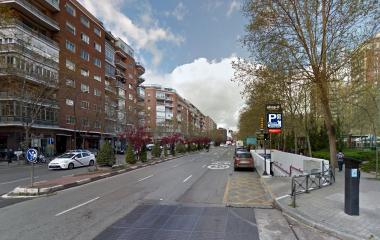 Book a parking spot in Presidente Carmona - Perón Bernabéu car park