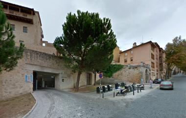 Prenota un posto nel parcheggio APK2 Catedral de Oblatas