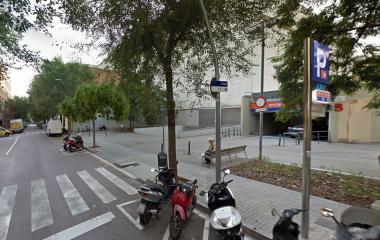Reserve uma vaga de  estacionamento no BSM Ciutat del Teatre