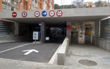 Reservar una plaza en el parking BSM Trav. de Dalt-Park Güell