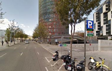 Book a parking spot in BSM Badajoz-Torre Agbar-22@ car park
