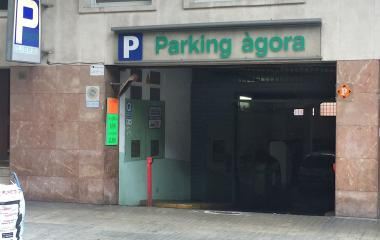 Book a parking spot in Àgora - Escola Industrial r. car park