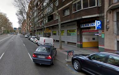 Reservar una plaza en el parking Garca - Reina Cristina