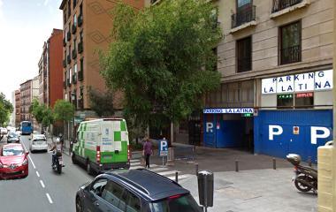 Book a parking spot in La Latina - Furgonetas car park