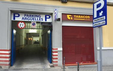 Book a parking spot in Argüelles r. car park
