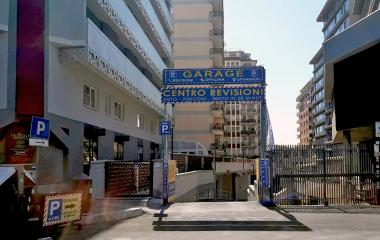 Book a parking spot in Centro Revisioni - Colombo car park