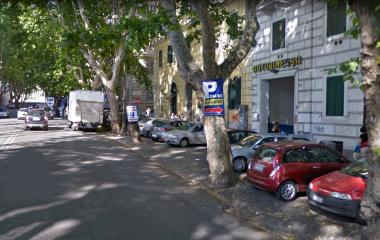 Book a parking spot in Autorimessa Tucci car park