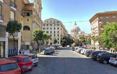 Prenota un posto nel parcheggio San Pietro