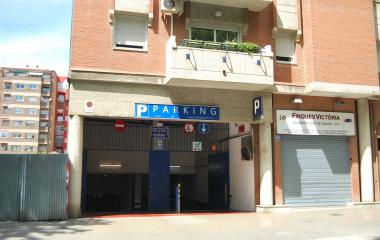 Book a parking spot in Vall King - Poble Nou car park