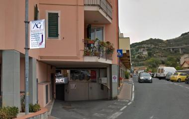 Book a parking spot in Autosoccorso Grattacielo car park