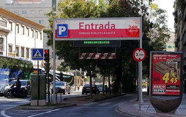 Book a parking spot in La Caleta car park