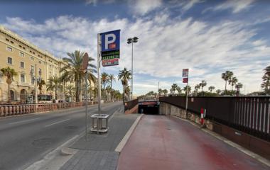 Book a parking spot in BSM Moll de la Fusta - Colom car park